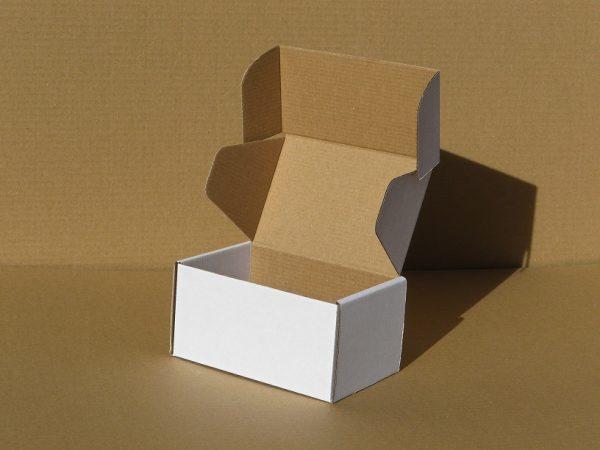 Krabička, škatuľka na makrónky a pralinky