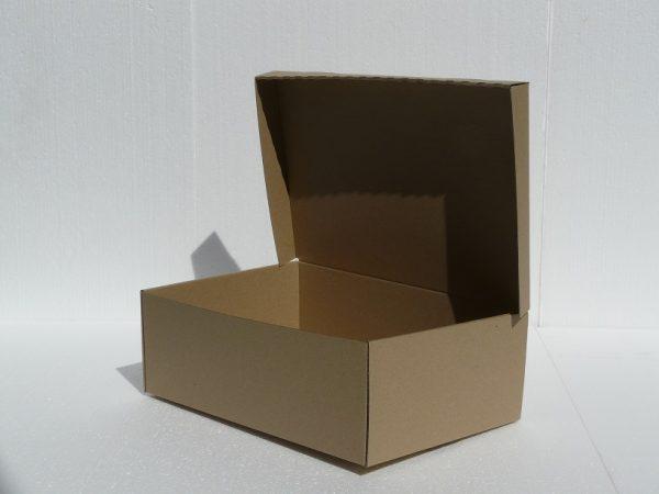 veľká výslužková krabica na koláče